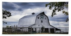 Nine Patch Quilt Barn Hand Towel