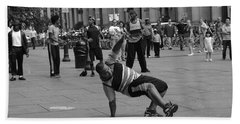 Hand Towel featuring the photograph Ny City Street Performer by Angela DeFrias