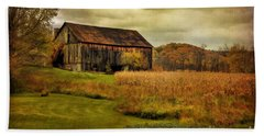 Old Barn In October Bath Towel by Lois Bryan