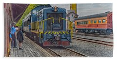 Hand Towel featuring the photograph Old Town Sacramento Railroad by Jim Thompson