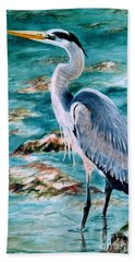 On The Rocks Great Blue Heron Bath Towel
