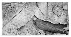 Pattern Of Leaves Bath Towel