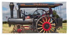 Bath Towel featuring the digital art Peerless Steam Traction Engine by Paul Gulliver