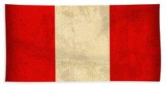 Peru Flag Vintage Distressed Finish Bath Towel