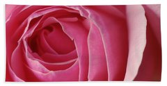 Pink Rose Dof Bath Towel