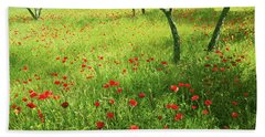Poppies Field In Bloom, Umbria, Italy Bath Towel