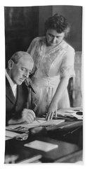 President And Mrs. Woodrow Wilson Bath Towel