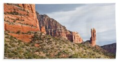 Bath Towel featuring the photograph Rabbit Ears Spire At Sunset by Jeff Goulden