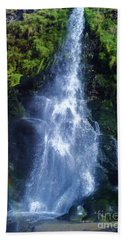 Hand Towel featuring the photograph Rainbow Falls by John Williams