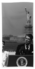 Reagan Speaking Before The Statue Of Liberty Hand Towel