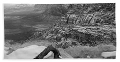Bath Towel featuring the photograph Red Rock Winter by Alan Socolik