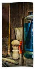 Retro Barber Tools Bath Towel