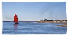 Ripple Catboat With Red Sail And Lighthouse Bath Towel
