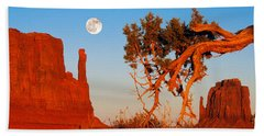 Rock Formations, Monument Valley Tribal Bath Towel