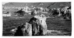 Rock Formations On The Beach, Big Sur Bath Towel