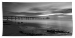 Scripps Pier Twilight - Black And White Hand Towel