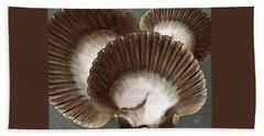 Seashells Spectacular No 22 Bath Towel