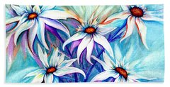 Hand Towel featuring the painting Shasta Daisy Dance by Janine Riley