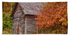 Hand Towel featuring the photograph Small Wooden Shack In The Autumn Colors by Jeff Folger