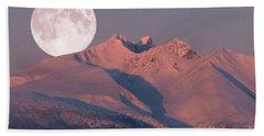 Solstice Sunrise Alpenglow Full Moon Setting Bath Towel by Stanza Widen