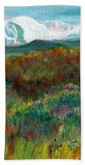 Bath Towel featuring the painting Spanish Peaks Evening by C Sitton
