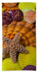 Starfish With Seashells Hand Towel