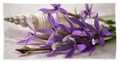 Starshine Laurentia Flowers And White Shell Bath Towel