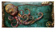 Steampunk - The Tale Of The Kraken Bath Towel