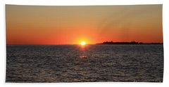 Bath Towel featuring the photograph Summer Sunset by John Telfer