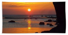 Hand Towel featuring the photograph Sunrise Therapy by Dianne Cowen