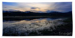 Sunset At A Lake Near Mammoth In Yellowstone Bath Towel