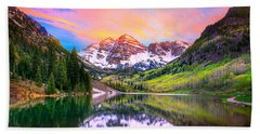 Sunset At Maroon Bells And Maroon Lake Aspen Co Hand Towel