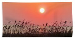 Bath Towel featuring the photograph Sunset At The Beach by Cynthia Guinn