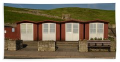 Hand Towel featuring the photograph Swanage Beach Huts by Linsey Williams