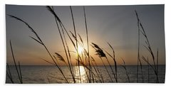 Tall Grass Sunset Bath Towel