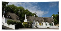 Thatched Cottages Near Dunmore Bath Towel