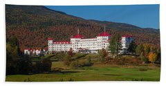 The Mount Washington Hotel In Autumn Bath Towel