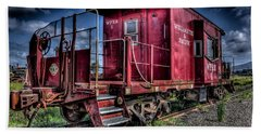 Bath Towel featuring the photograph Old Red Caboose by Thom Zehrfeld