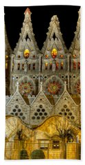 Three Tiers - Sagrada Familia At Night - Gaudi Hand Towel