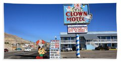 Tonopah Nevada - Clown Motel Bath Towel