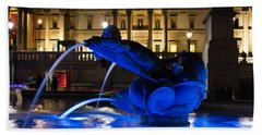 Trafalgar Square At Night Bath Towel