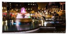 Hand Towel featuring the photograph Trafalgar Square by Matt Malloy