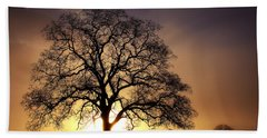 Tree At Sunrise In The Fog Bath Towel