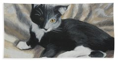 Bath Towel featuring the painting Tuxedo Kitten by Jeanne Fischer