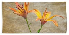 Two Lilies Hand Towel