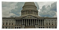 Hand Towel featuring the photograph U.s. Capitol Building by Suzanne Stout