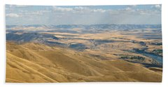 Hand Towel featuring the photograph Valley View by Mark Greenberg
