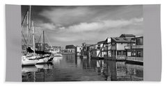 Veiw Of Marina In Victoria British Columbia Black And White Bath Towel