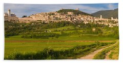 Village On A Hill, Assisi, Perugia Bath Towel