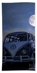 Vintage Vw Bus Parked At The Beach Under The Moonlight Bath Towel